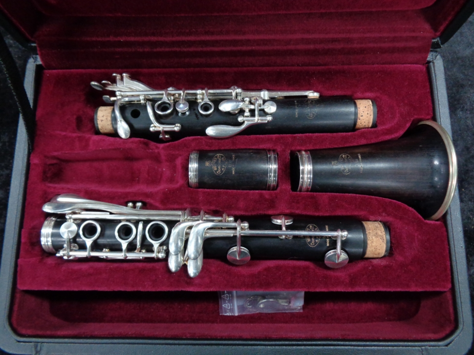 Photo Fantastic! Used Buffet Crampon Paris France R13 Bb Clarinet, Serial #569900