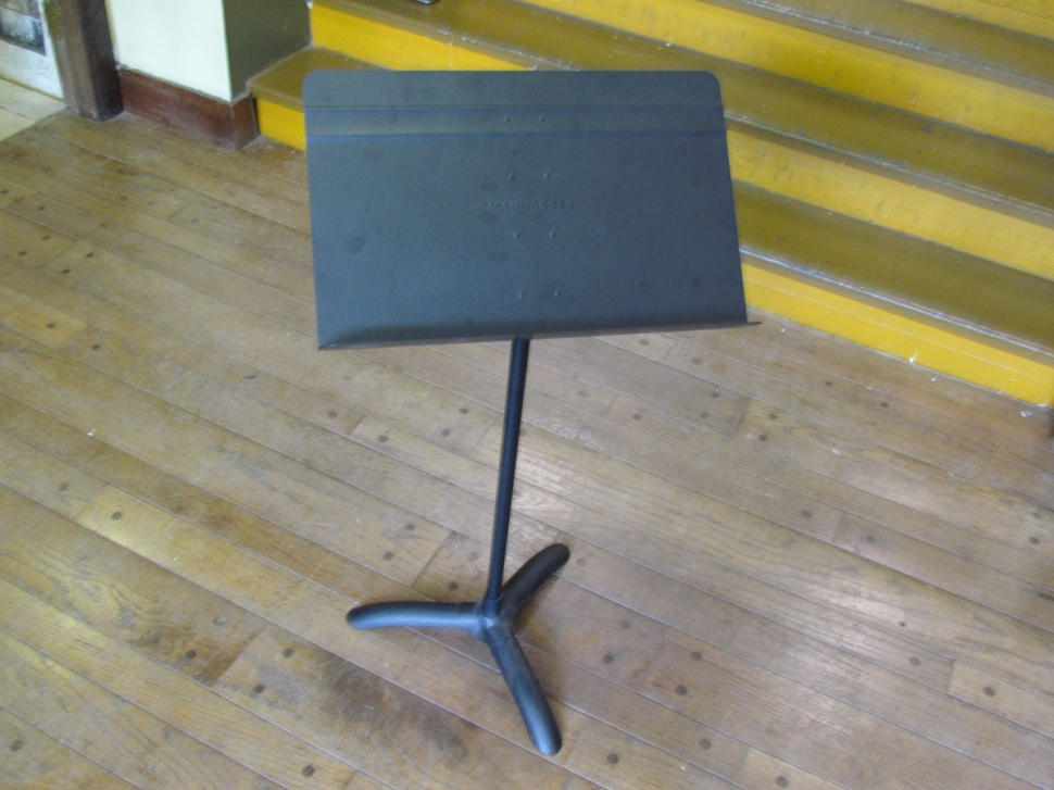 Photo New Manhasset # 48 Symphony Black Music Stands