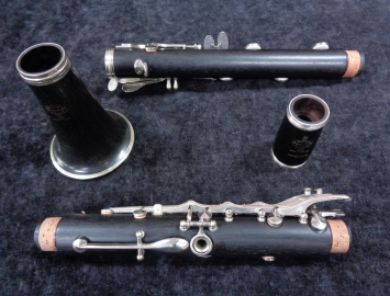 Photo Freshly Restored Buffet Crampon Paris R13 Bb Clarinet - Serial # 111322