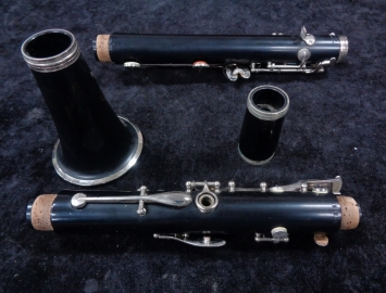 Photo Beginner Level Buffet-Crampon B12 Series Bb Clarinet - Serial # 703556