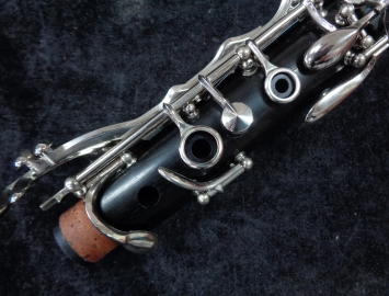 Photo Fully Serviced! Buffet Crampon R13 Clarinet in A, Serial # 275271