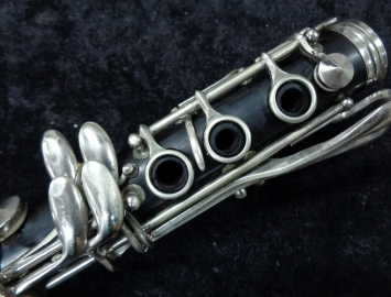 Photo Vintage Conn Director Wood Bb Clarinet - Great Shape - Serial # 627198
