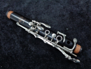 Photo Beautiful Condition Buffet Paris R13 Bb Clarinet - Serial # 472588