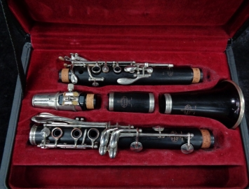 Photo Nice! Used Buffet Crampon Paris France R13 Bb Clarinet, Serial #519415