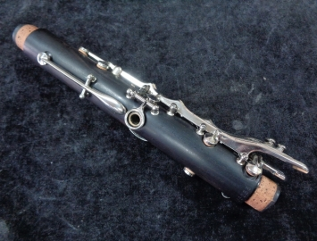 Photo Professional Buffet R13 Clarinet in A for a LOW PRICE - Serial # 565233