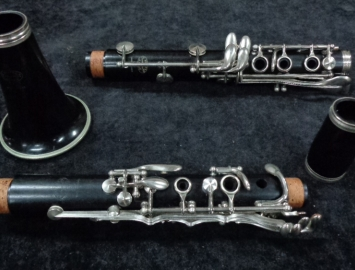 Photo Buffet Crampon Paris France R13 Bb Clarinet, Serial #344698