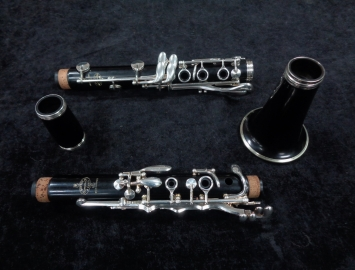 Photo Buffet Crampon R13 Bb Clarinet Silver Keys, Serial #678107