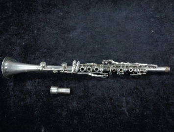 Photo Very Cool! Vintage US Band Master Metal Bb Clarinet – Serial #6345 With Case