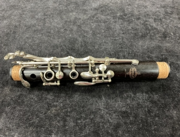 Photo Buffet Crampon 1960's era R13 Bb Clarinet, Serial Number 95001
