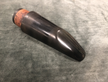 Photo Vintage Wells Chicago B2 Hard Rubber Mouthpiece for Bb Clarinet