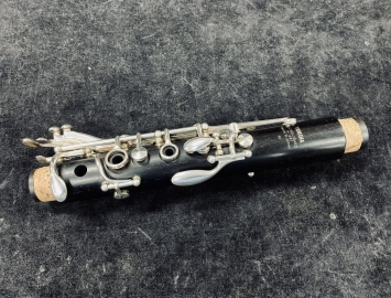 Photo Intermediate Level Yamaha YCL-52 Grenadilla Wood Bb Clarinet - Serial # 059331