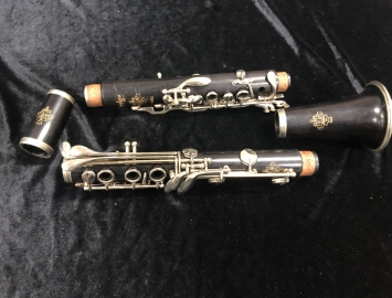Photo Leblanc France Symphonie II Bb Clarinet, Serial #7575