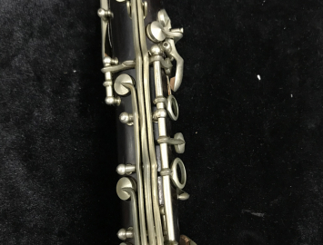 Photo G. M. Bundy Paris Wood Bb Clarinet, Serial #1470
