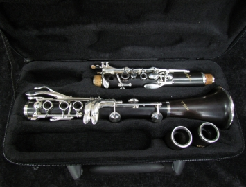 Photo NEW! Selmer Signature Bb Clarinet