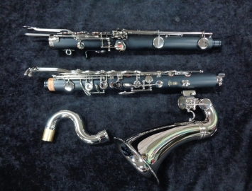 Photo New Yamaha YCL-221II Student Bb Bass Clarinet